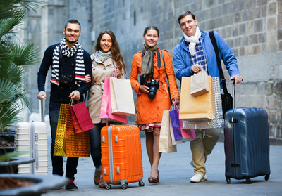 """百度实施关于""""访日中国游客的实际购物情况""""问卷调查"""