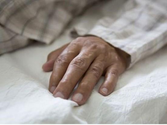 日本老年独居男性缺乏与他人交流 15%低于2周1次
