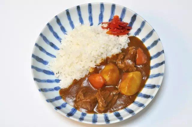 日本咖喱和印度咖喱有什么区别?
