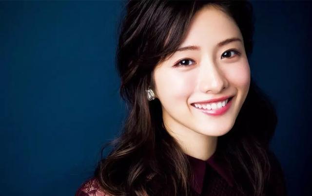 """日本""""完美女孩""""震惊世界,她到底是不是真人?"""