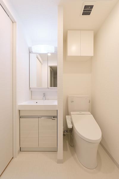 11 洗面室・トイレ(Aタイプ).png