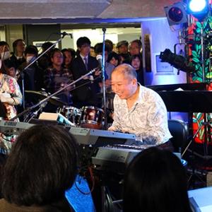 日本福冈市11月将举行向谷实与日美两国演奏家的音乐会
