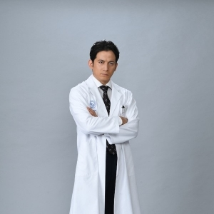 V6冈田准一与宫崎葵宣布第一个孩子出生