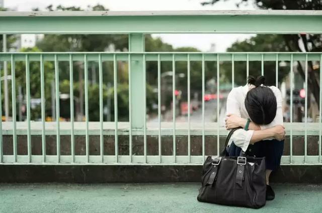 日本300万贫困女性,华丽的背后是腐朽的味道
