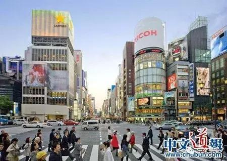 中国游客十年增八倍成中日风向标
