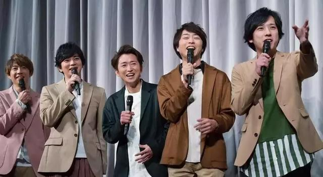 日本女生集体悲伤,日本天团召开紧急暂停活动紧急记者会