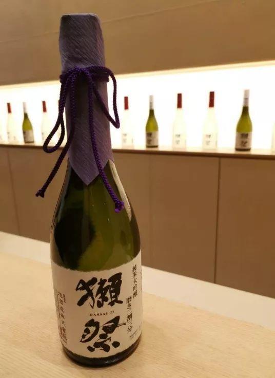 """中国造的日本待遇:茅台只卖几百块,稻米油却""""贵""""到跟LV同列"""