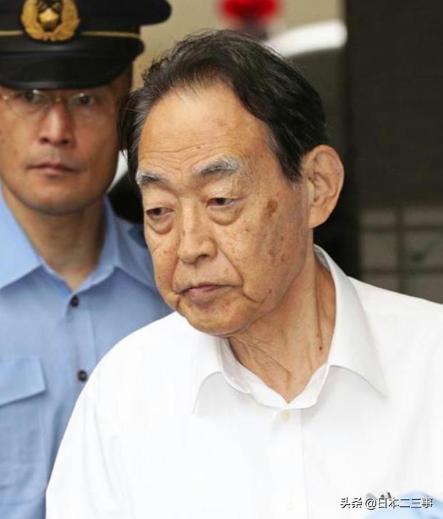 """日本76岁父亲上演""""父杀子""""!背后是深刻的""""8050""""问题"""