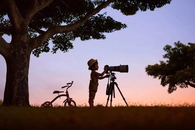日本摄影师曝光儿子私房照,背景却意外走红:这才是我们向往的夏天 ...