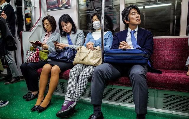 日本中年:「婚外情,无所谓」