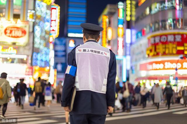 一位在日本居住超15年的英国人:日本是可怕的工作场所