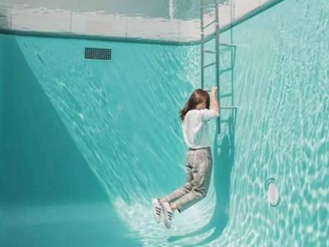 日本这个神奇泳池,在水下行走衣服却不会湿