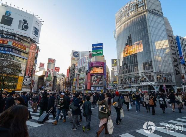 消费税一箭双雕,日本政府趁机推动无现金社会