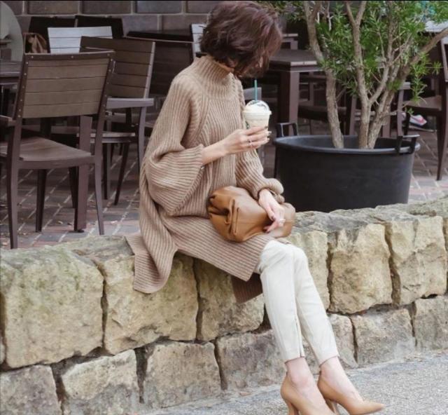 """日本一主妇的""""高级感""""穿搭走红:40岁以后,美的刚好"""
