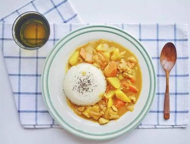 咖喱饭为何能成日本的国民美食?日本人长寿与饮食之间有什么关系