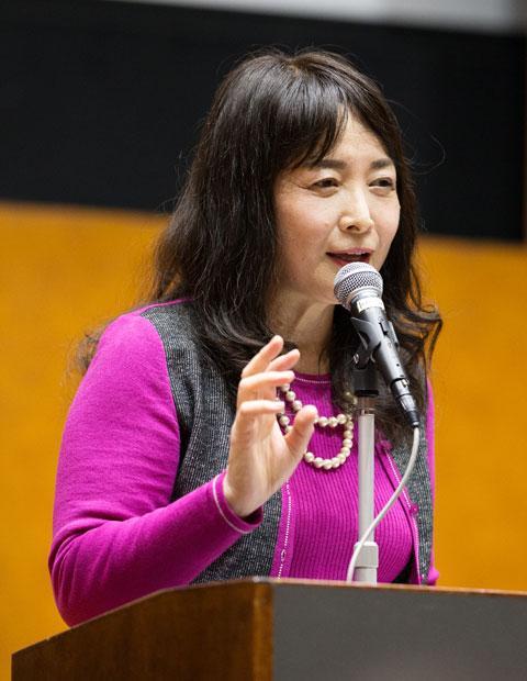 4个孩子都考上了东京大学,虎妈谈心得:想孩子优秀,关键在小学