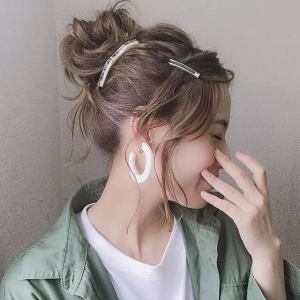 日本妹子每天一个发型,好看爆了!网友:我把头给你寄过去? ... ... ...