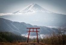 东京周末登山 - 三つ峠山~絶景の富士山?天空の鳥居(2021/4/11)